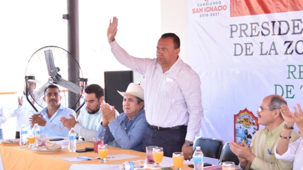 PROYECTAN ABREVADEROS Y POZOS PROFUNDOS DE AGUA EN ELOTA.