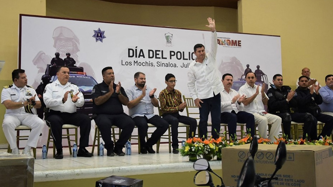 ANUNCIA BILLY CHAPMAN 10% DE AUMENTO SALARIAL A POLICÍAS DE AHOME.