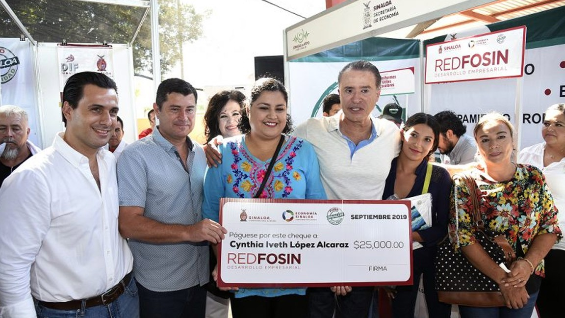 SE BENEFICIAN FAMILIAS DEL CARRIZO CON LAS JORNADAS PURO SINALOA