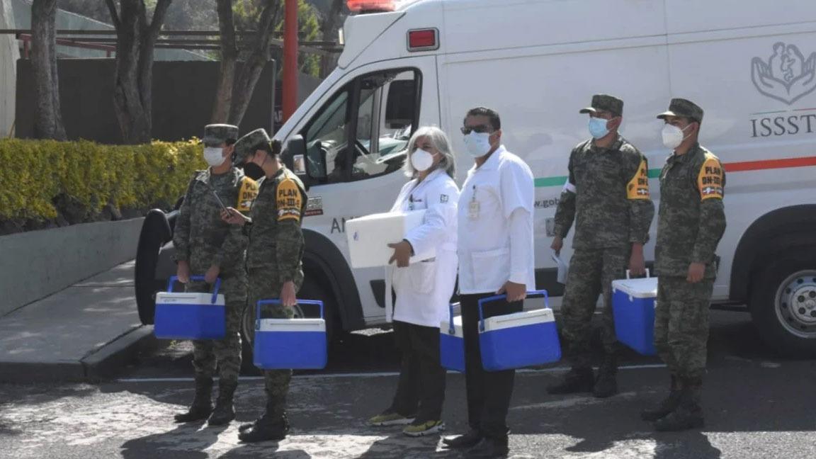 VACUNAN CONTRA COVID-19 A MÉDICOS DE HOSPITALES PRIVADOS